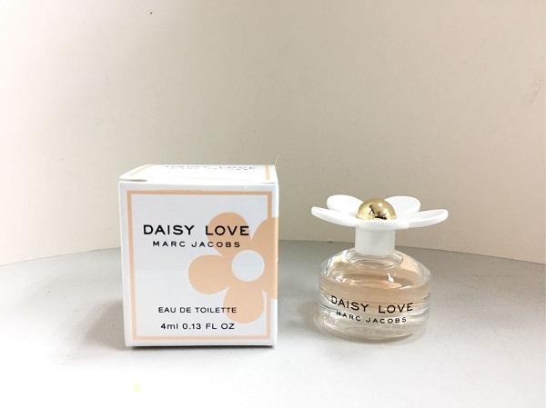 Marc Jacobs Daisy Love EDT đem lại làn hương đầy cuốn hút cho phái nữ